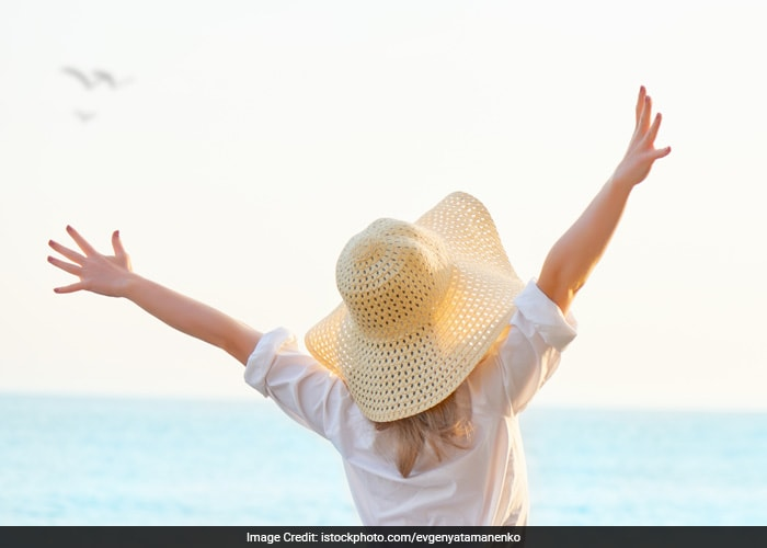 Cover yourselves up as much as possible. You can wear gloves and full sleeves clothes to protect your skin from the harmful ultraviolet rays that tan the skin.