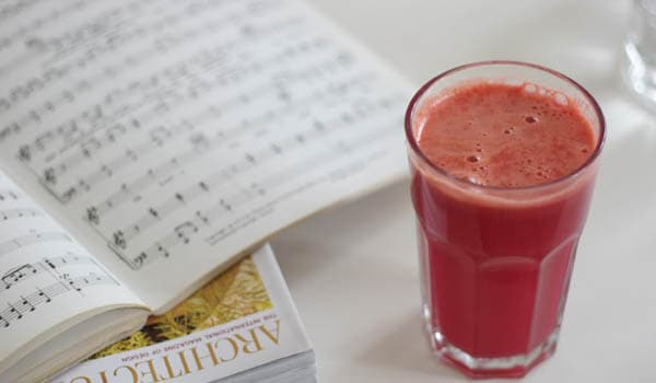Carrot juice contains digestive enzymes naturally, which can help eliminate worms from your body. Consume at least 1-3 glasses of juice from carrot daily.