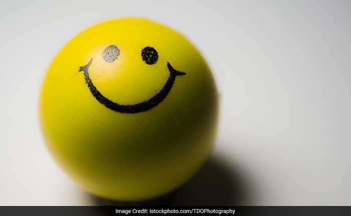 Many diseases are linked to stress and negative thoughts, as well as some degenerative conditions that are associated with aging. Accept situations that you can