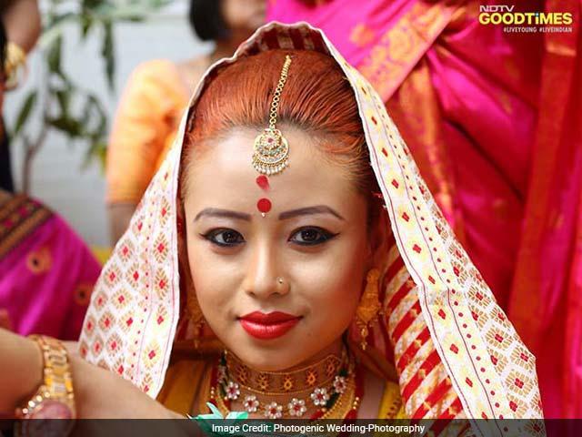 Photo : Angshuman and Viddya's Stunning Assamese- Hindu Wedding