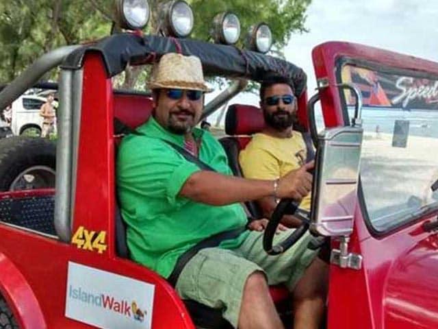 Photo : Bucket List : Rocky & Mayur Live It Up in Mauritius