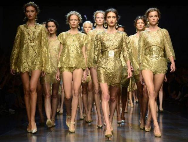 Photo : Milan Fashion Week celebrates homegrown 'Made in Italy' creativity