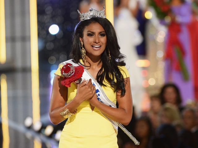 Photo : Nina Davuluri, first Indian-American to be crowned Miss America