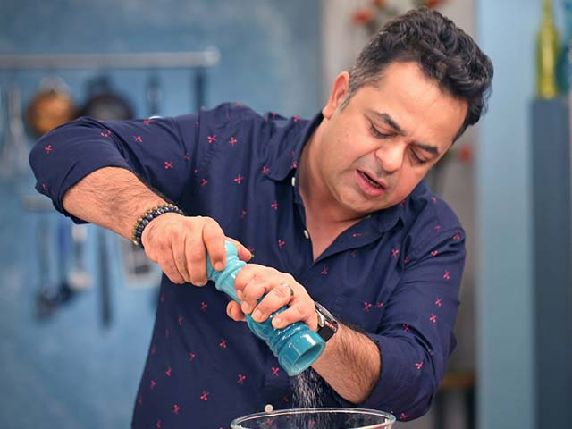 Photo : Chef Vicky Ratnani Rustles Up His Favourite Indian Dishes