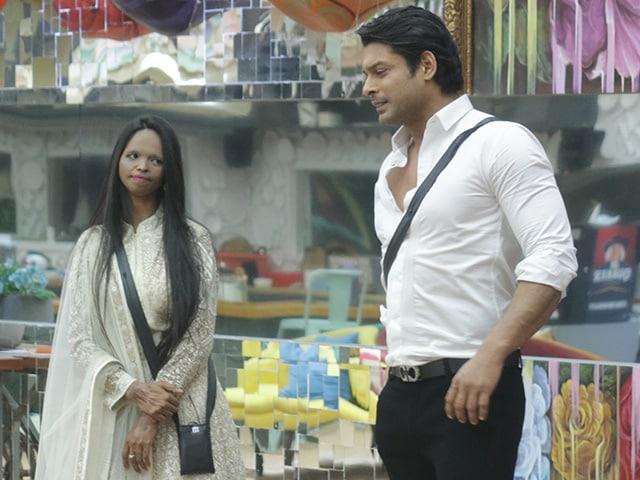बिग बॉस 13: फिल्म 'छपाक' की टीम ने घर में की शिरकत, दीपिका ने घरवालों को कराई जॉयराइड