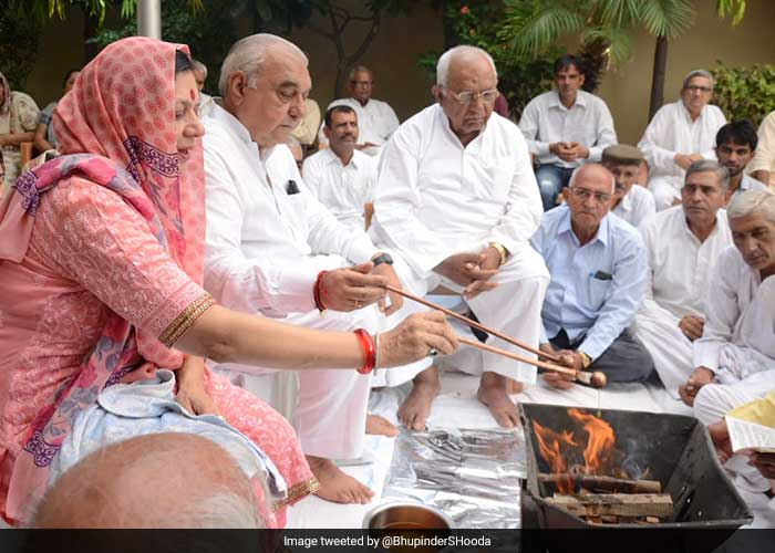 Congress\'s Bhupinder Hooda Files Nomination For Haryana Polls: Pictures