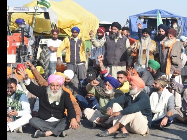 Photo : केंद्र के कृषि कानूनों के खिलाफ किसानों का प्रदर्शन जारी