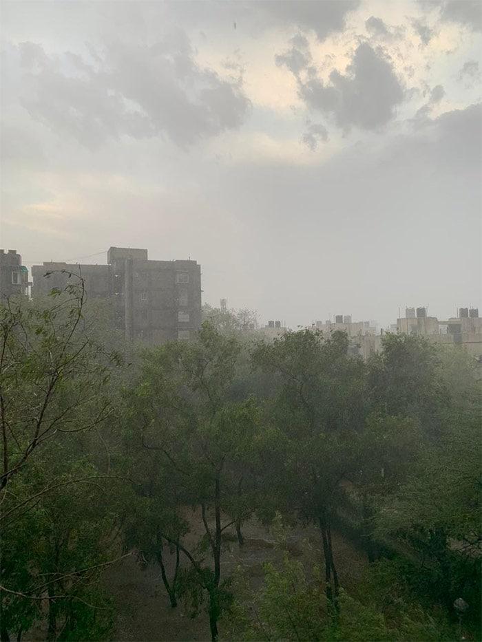 Heavy Rain, Hail Hit Parts Of Delhi, Noida