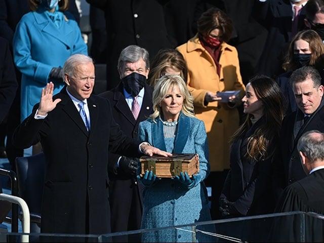 Photo : जो बाइडेन ने अमेरिका के 46वें राष्ट्रपति के रूप में ली शपथ