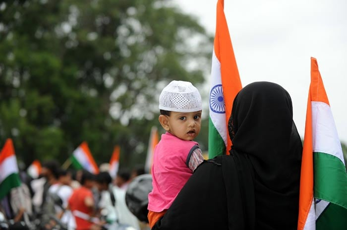 Day 2: India stands by Anna Hazare