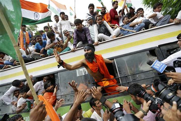 Baba Ramdev arrested, Delhi Police stops march to Parliament