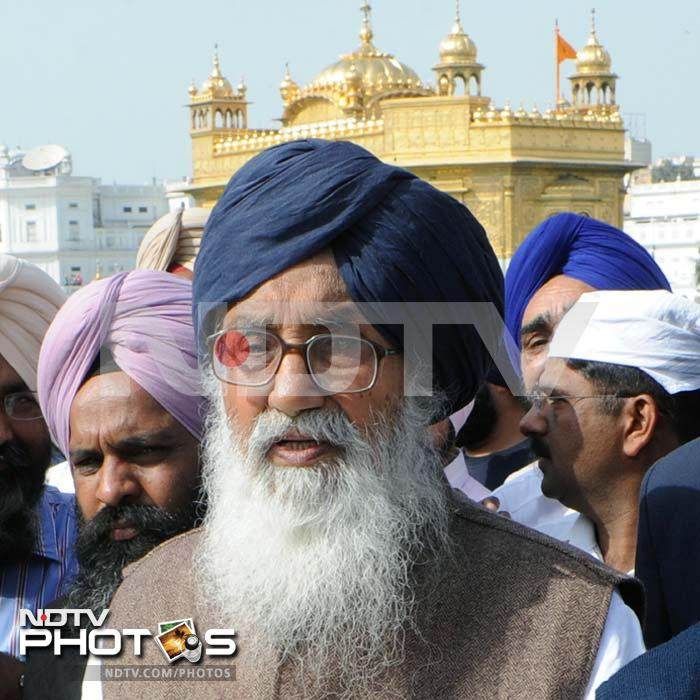 A day after victory, Badals pray at Golden Temple