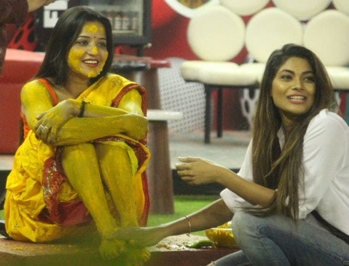 Bigg Boss 10: Moanlisa\'s Big Fat wedding begins with haldi