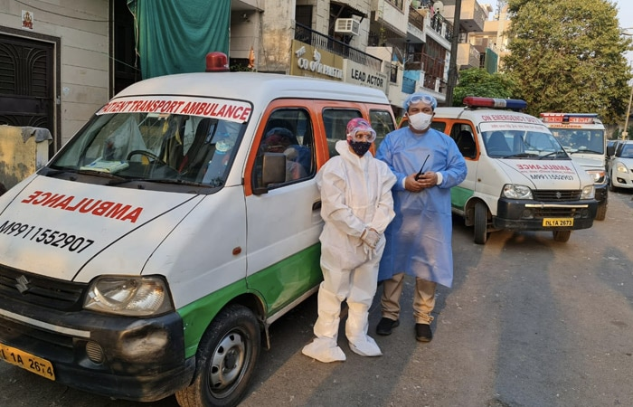 COVID Warriors: From Ferrying Patients To Performing Last Rites, Delhi\'s 'Ambulance Couple\' Is A Saviour For Many