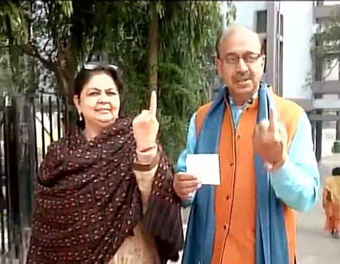 Delhi Votes: President Pranab, Kiran Bedi at Polling Booths