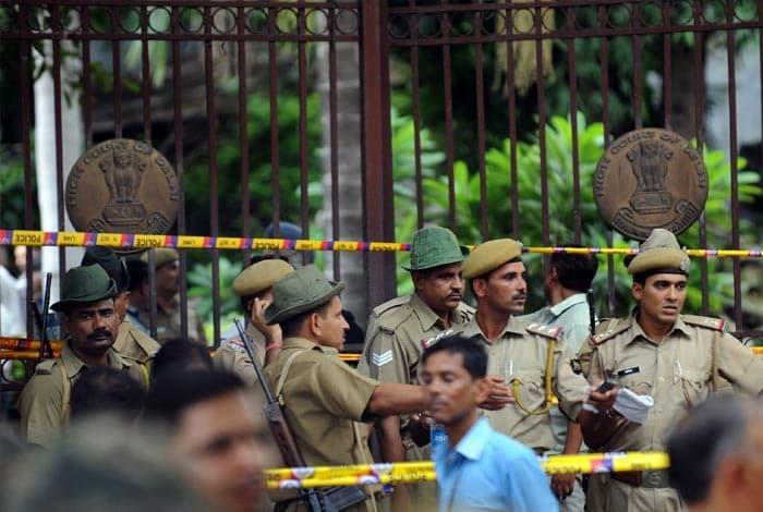 First pics: Blast at Delhi High Court