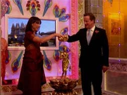 Photo : UK Prime Minister David Cameron, wife celebrate Diwali in London