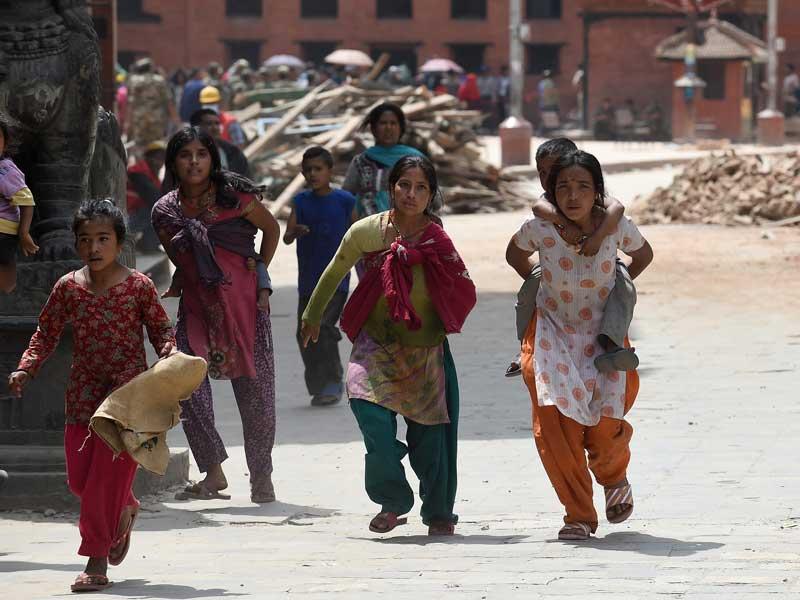Photo : Nepal Earthquake Kills Over 2000, Leaves 4500 Injured