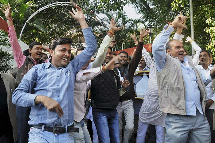 Assembly elections 2013: BJP rejoices, AAP cheers, Congress resigns