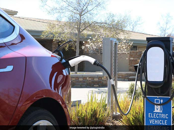 5 Things To Know About Electric Vehicles