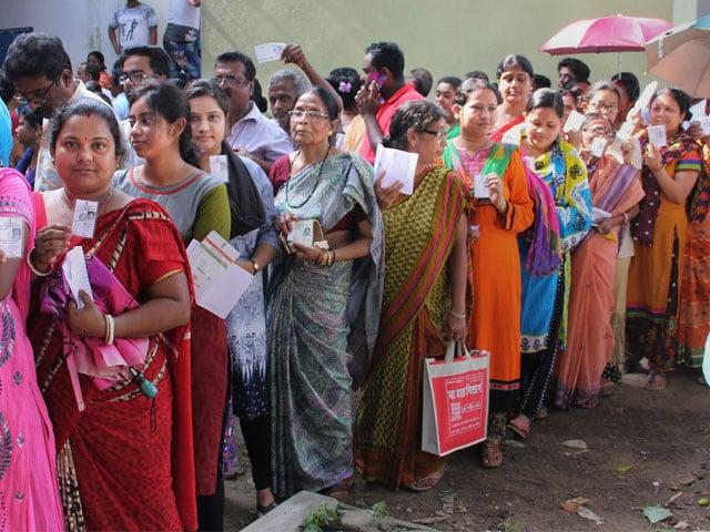 Photo : लोकसभा चुनाव 2019: पांचवें चरण में बड़ी संख्या में लोगों ने अपने मताधिकार का किया प्रयोग