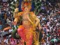 Photo : Ganesh Visarjan: Amidst ?Bappa Morya' Chants, Mumbaikars Bid Farewell To Lord Ganpati