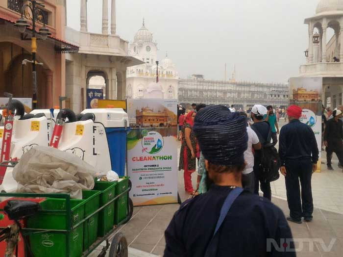 The Golden Temple: Highlights From The Cleanathon