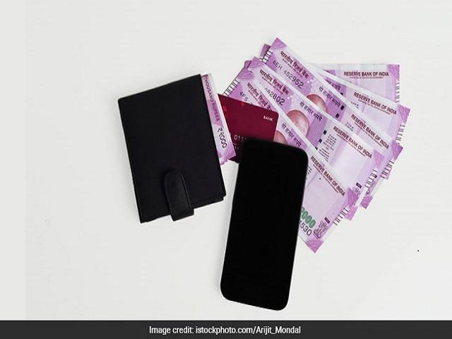 Photo : जीएसटी का जेब पर असर: क्या होगा महंगा और क्या होगा सस्ता