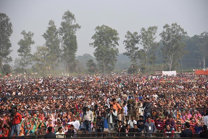 विधानसभा चुनाव : वरिष्ठ नेताओं ने गुजरात और हिमाचल में लोगों को किया संबोधित