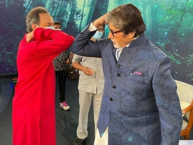 Photo : BTS:'स्वच्छ भारत, संपन्न भारत टेलीथॉन' शुरू होने के कुछ समय पहले....