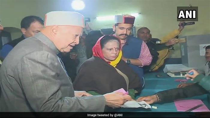 Himachal Pradesh Elections: CM Aspirants Virbhadra Singh, PK Dhumal Cast Their Votes