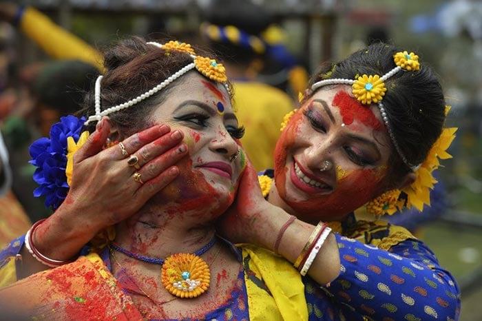 Holi Colours India With Its Many Shades