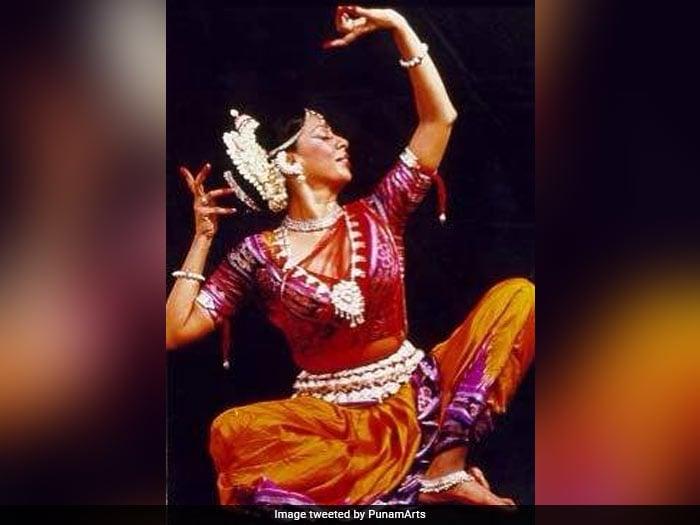 Kabir Bedi Special: 4 शादियां और पत्नी बेटी से 5 साल छोटी