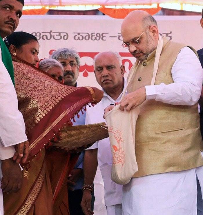 कर्नाटक चुनाव 2018: चरम पर है अमित शाह और राहुल गांधी का प्रचार अभियान