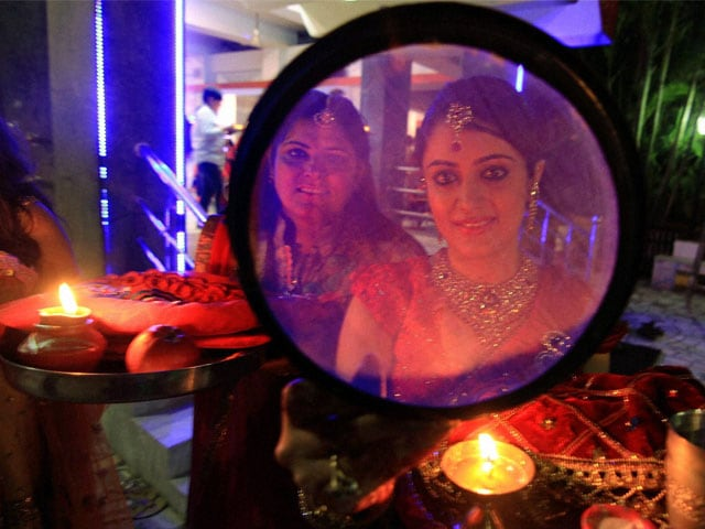 Photo : In Pictures: Karva Chauth Celebrations Across India
