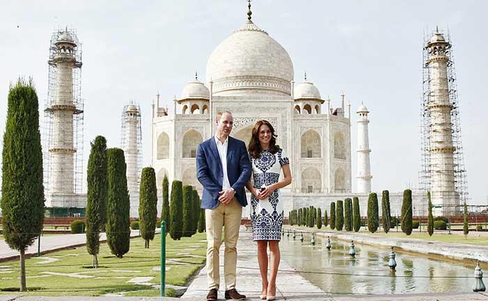 ताज महल की खूबसूरती के कायल हुए केट-विलियम, 'डायना बेंच' पर दिया पोज