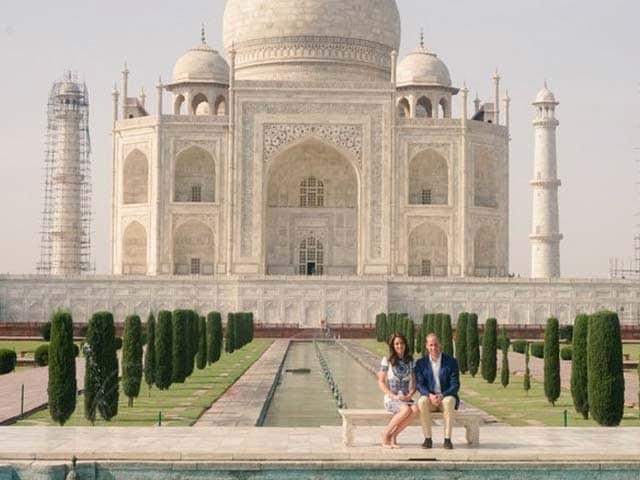Photo : ताज महल की खूबसूरती के कायल हुए केट-विलियम, 'डायना बेंच' पर दिया पोज