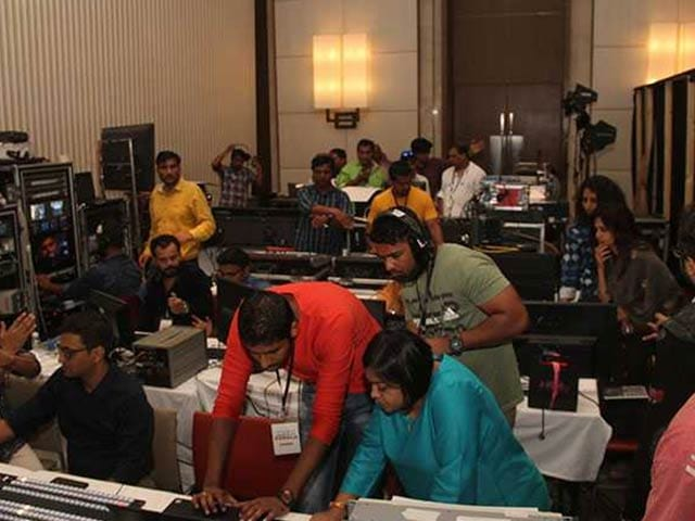 #IndiaForKerala: Gearing Up For The 6-Hour Telethon