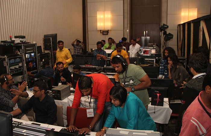#IndiaForKerala : Gearing Up For The 6-Hour Telethon