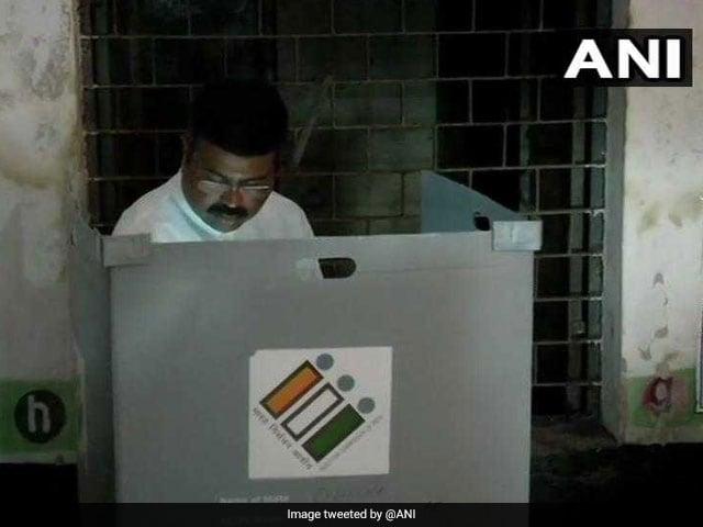 लोकसभा चुनाव, तीसरा चरण: पीएम मोदी, अमित शाह समेत इन दिग्गजों ने डाला वोट