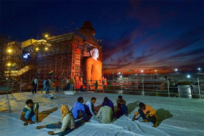 First Day Of The Mahamastakabhisheka In Shravanabelagola, Karnataka