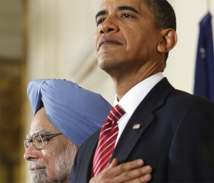 Obama welcomes PM Manmohan Singh