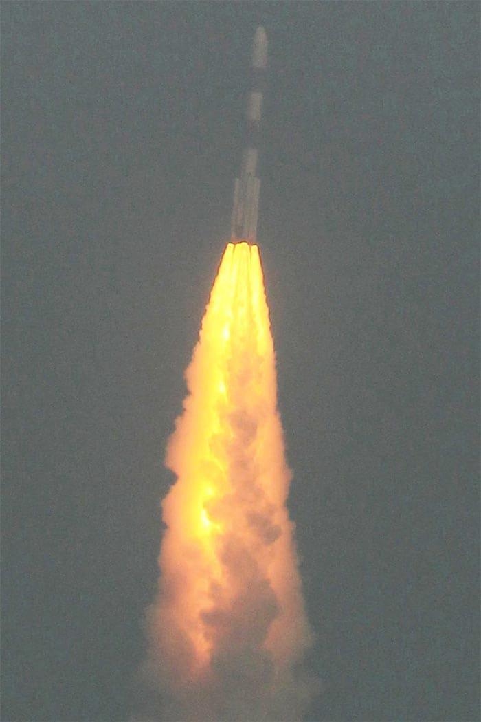India\'s Mars Mission: Rocket blasts off