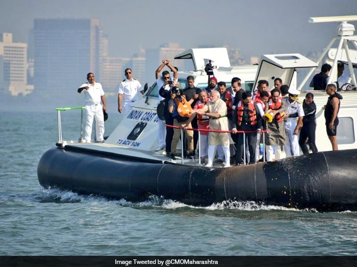 On Hovercraft, PM Modi Performs Jal Pujan For Rs 3,600 Crore Shivaji Memorial