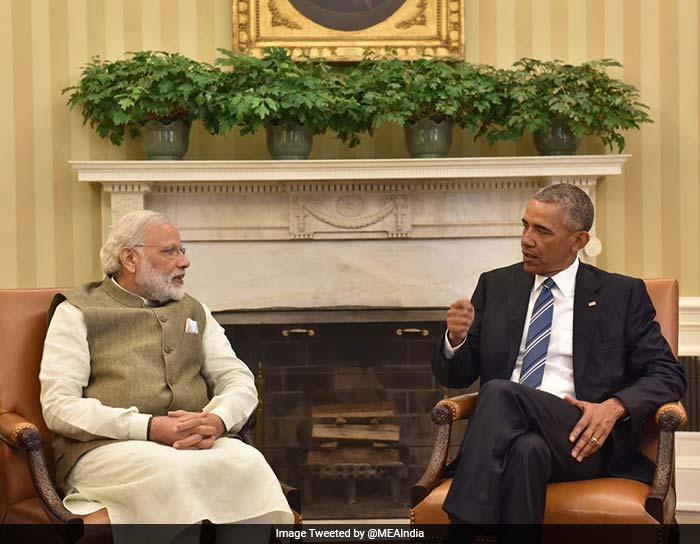 गर्मजोशी से मिले अमेरिकी राष्ट्रपति बराक ओबामा और पीएम नरेंद्र मोदी...