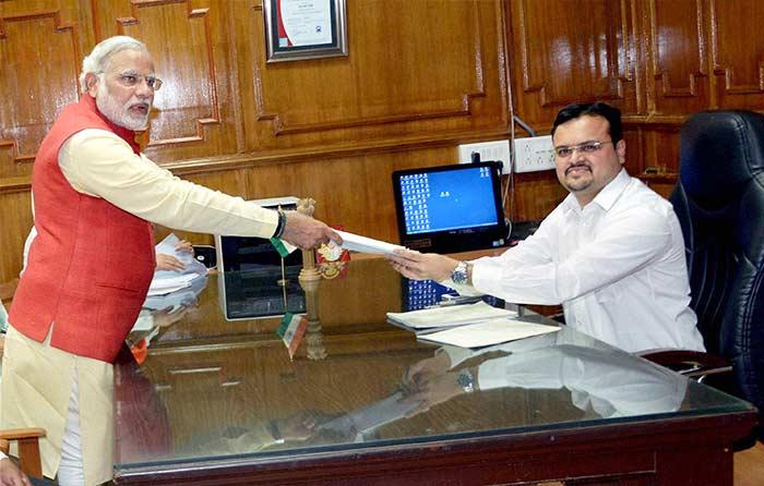 Narendra Modi files nomination from Vadodara