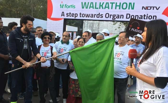 Irrfan Khan Flags Off #MoreToGive Walkathon On Organ Donation Day