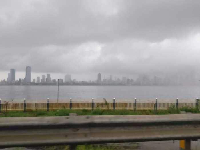 5 Dramatic Pics Of Mumbai Thigh-High In Water