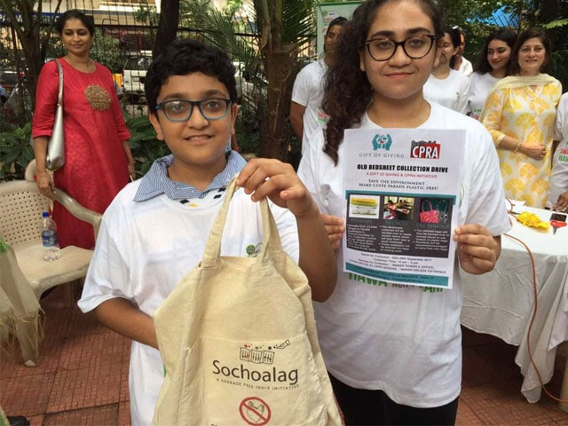 Photo : Highlights From The Clean-Up Drive At Mumbai: #SwachhIndia Cleanathon