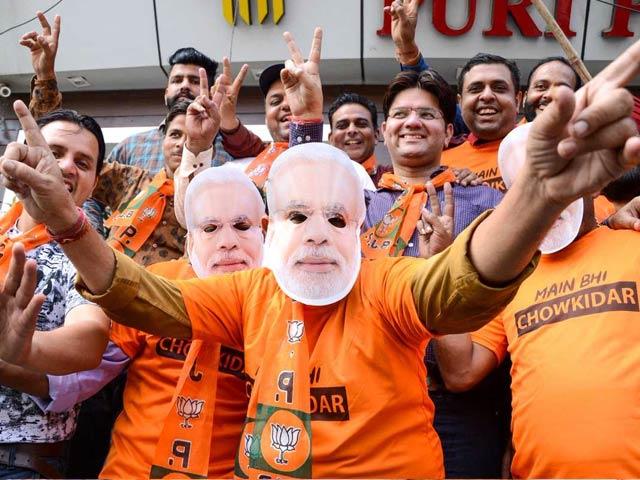Lok Sabha Elections Result 2019: पीएम मोदी के आगे पस्त हुआ विपक्ष, एनडीए की 'विराट' जीत का  यूं मना जश्न